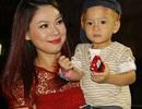 Thanh Thảo đưa con trai Ngô Kiến Huy lên sân khấu
