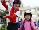 Con gái Thái Thùy Linh biểu diễn nhí nhảnh bên mẹ