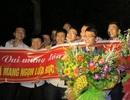 Xúc động lễ đón cậu học trò mồ côi giành Huy chương bạc Toán quốc tế