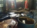 Kinh hoàng 2 xưởng chế biến hàng trăm thùng phuy mỡ động vật không rõ nguồn gốc