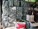 Bắt vụ vận chuyển hơn 3.000 chai rượu ngoại