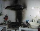 Bật bếp kiểm tra gas, 2 vợ chồng nhập viện
