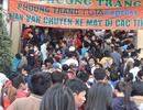 Hàng ngàn người chen nhau nghẹt thở mua vé xe Tết