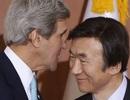 """Ngoại trưởng Hàn Quốc gây tranh cãi vì bình luận """"hớ hênh"""""""