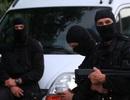 Pháp rúng động vì vụ bắt cóc con tin ngay trước Quốc khánh