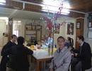 Đoàn lãnh sự Việt Nam làm việc cùng kiều bào ở Lyon