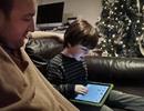 Khi trẻ em nghiện máy tính bảng
