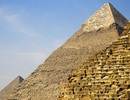 Kim tự tháp Ai Cập được xây ngược từ trong ra ngoài?