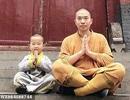 """Tiểu hòa thượng 3 tuổi gây """"bão"""" mạng xã hội tại Trung Quốc"""