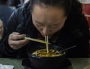 Nhà hàng bỏ thuốc phiện vào thức ăn để giữ khách