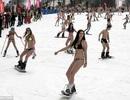 Mặc đồ tắm trượt tuyết để lập kỷ lục