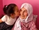 Cụ bà 111 tuổi với 120 cháu chắt tiết lộ bí quyết sống thọ