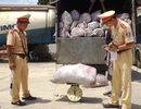 8 tấn mỡ thối bị bắt giữ trên đường ra Hà Nội tiêu thụ
