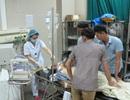 Vụ ngộ độc liên hoan Trung Thu: 3 bệnh nhân vẫn phải thở máy