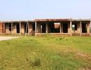 Ninh Bình: Trường mới bỏ hoang, cô trò phải học nhờ công sở cũ của xã