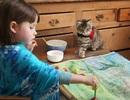Ngỡ ngàng trước những kiệt tác hội họa của bé tự kỷ 5 tuổi