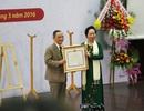Hiệu trưởng đại học tư thục đầu tiên nhận danh hiệu Anh hùng lao động