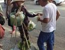 Vụ khách Trung Quốc đối xử thô lỗ với người bán hàng rong: Công an vào cuộc