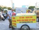 Ông cụ 77 tuổi rong ruổi khắp đường phố xin quần áo cho người nghèo