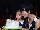 Con gái Xuân Lan cười tít mắt trong sinh nhật