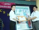 Á Hậu doanh nhân Phương Lê trao học bổng cho học sinh giỏi tại Trà Vinh