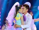 """Maya được xem là """"chiêu trò"""" khi khóa môi với vũ công Quang Đăng"""