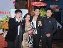 Ca sĩ Long Nhật tổ chức sinh nhật không có gia đình bên cạnh