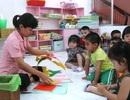 Giáo viên mầm non được phân thành 3 hạng, hưởng lương theo bằng cấp