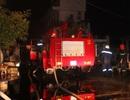 Cháy căn nhà cấp 4, cả khu dân cư mất điện