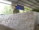 Bắt giữ 2 ô tô vận chuyển 40.000 bao thuốc lá nhập lậu
