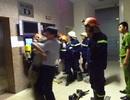 16 người kẹt trong thang máy: Thang không được bảo trì, thường xuyên hỏng