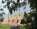 Nhà 2 tầng đổ sập khi xây dựng gần hoàn thiện