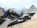 Cháy rụi xưởng sản xuất than