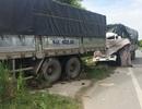 Hai xe tải tông nhau, một tài xế tử vong trên cabin