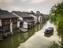 Thành cổ 1300 năm đẹp mê hoặc giữa những dòng kênh xanh rì
