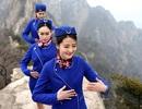 Nữ tiếp viên hàng không xinh đẹp tập kungfu trên núi cao