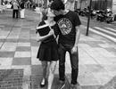 Ngọt ngào những nụ hôn chốn công cộng