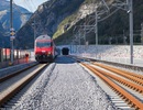 Hầm đường sắt dài nhất thế giới mở cửa sau 17 năm xây dựng