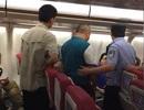 Du khách Trung Quốc đánh lộn trên máy bay