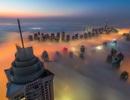 """Những tòa nhà chọc trời """"vượt mây"""" sừng sững giữa sa mạc"""