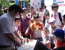 Học sinh nhí chế tạo máy hút bụi từ  vỏ chai nước bỏ đi