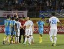 Văn Quyết nhận thẻ đỏ, Hà Nội T&T thua trận thứ ba từ đầu mùa