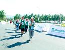 Gia đình ba thế hệ gây ấn tượng tại Manulife Đà Nẵng Marathon