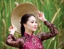 Á khôi Lưu Ly đẹp duyên dáng giữa non nước Ninh Bình