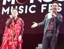 MC Hạnh Phúc cuồng nhiệt cùng âm nhạc của Tùng Dương