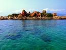 Khách du lịch nườm nượp đổ về đảo Bình Ba