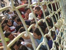 Sân Long An đóng cửa sớm, cổ động viên đòi làm loạn