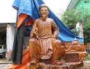 Bức tượng Đại thi hào Nguyễn Du bằng gỗ hương lớn nhất Việt Nam