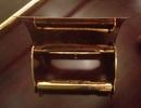 Đại gia Hà Thành: 140 cây vàng dát vòi xịt, hộp giấy toilet