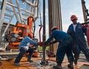 Giá dầu sẽ xuống 30 USD/thùng, chứng khoán bị rút vốn ồ ạt